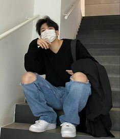 Korean Boys Ulzzang, Cute Korean Boys, Korean Men, Asian Men Fashion, Korean Street Fashion, Boy Fashion, Bad Boy Aesthetic, Aesthetic Photo, Aesthetic Clothes