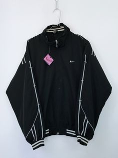 Polo Shirt Outfits, Sporty Outfits, Nike Outfits, Retro Outfits, Cute Casual Outfits, Sweat Shirt, Vintage Nike Sweatshirt, Look Fashion, Fashion Outfits