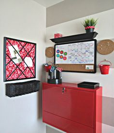 """Frugal and Thankful: I have a """"command center"""" corner now! And a little tutorial."""