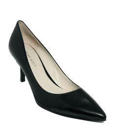 Baby heel, black pumps. Smart and sensible.