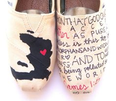 Are you kidding me? Haiti TOMS with one of my favorite bible verses? :) I'm just gonna have a whole outfit to show my Haiti spirit when I go to get my little brother(: Fashion Now, Fashion Ideas, Fashion Inspiration, Favorite Bible Verses, Painted Shoes, Vintage Shoes, Holidays And Events, Me Too Shoes, Baskets