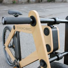 The Sandwichbike A flat-packed wooden bicycle delivered to your door for self assembly First introduced as an imaginative concept by Dutch design agency Bleijh about seven years ago, theSandwichbike. Wooden Bicycle, Wood Bike, Velo Beach Cruiser, Urban Bike, Balance Bike, Fat Bike, Kids Bike, Bicycle Accessories, Bicycle Design