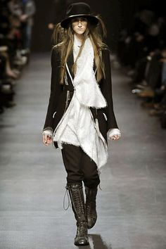 Ann Demeulemeester Fall 2008 Ready-to-Wear Fashion Show - Daiane Conterato (Elite)