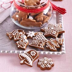 Gingerbread Man, Gingerbread Cookies, Christmas Room, Xmas, Cake Decorating Techniques, Biscotti, Cooking Time, Cookie Decorating, Baking
