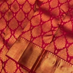 Pure silk Saree by Eternal Weaves! Free shipping within India. To buy, please direct message. . . . . . .… Cotton Saree Designs, Wedding Saree Blouse Designs, Pattu Saree Blouse Designs, Kanjivaram Sarees Silk, Kanchipuram Saree, Pure Silk Sarees, Indian Bridal Sarees, Wedding Silk Saree, Wedding Saree Collection