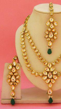 N004096 Lovely Rama Green Kundan Necklace Set with Tika