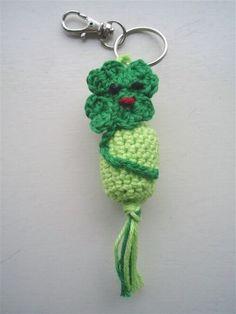 Gehaakt gelukspoppetje #Klavertje4 #haakpatroon #patroon #haken #gehaakt #clover #crochet #pattern #amigurumi #DIY