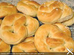 Saftige Martinsbrezeln, ein gutes Rezept aus der Kategorie Brot und Brötchen. Bewertungen: 63. Durchschnitt: Ø 4,3.