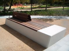Public bench in concrete and wood (with backrest) #streetfurniture #design