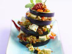 Aubergine mit Tofu und Gemüse | Kalorien: 216 Kcal - Zeit: 30 Min. | http://eatsmarter.de/rezepte/aubergine-mit-tofu-und-gemuese