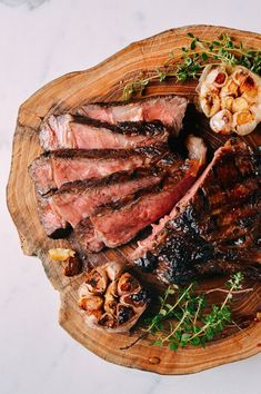 Soy Butter Glazed Steak - A simple steakhouse-style rib-eye steak is doused in and served with a soy sauce and butter glazed for a perfectly rich salty, caramelized flavor. | http://honestcooking.com