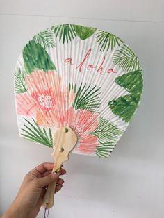하와이안 부채٩(´◉౪◉`)۶ #aloha 한지부채에 쓱싹쓱싹 그렸어요 여름만되면 ... Hand Fan, My Drawings, Calligraphy, Watercolor, Illustration, Artwork, Gifts, Inspiration, Fans