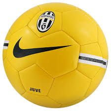 Risultati immagini per palloni da calcio nike
