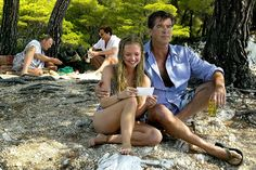 Pierce Brosnan 2013 | Pierce Brosnan and Amanda Seyfried in Mamma Mia! Universal/Everett/Rex ...