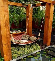 DIY Backyard Hammock Swing ideas-for-my-dream-home-hey-i-can-dream-big Backyard Hammock, Hammock Swing, Diy Hammock, Hammock Ideas, Cozy Backyard, Modern Backyard, Patio Swing, Backyard Retreat, Backyard Playground