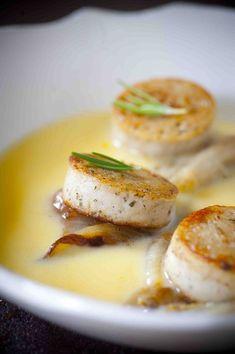 Maisroomsoep met gebakken witloof en witte pens - Recepten - Culinair - KnackWeekend.be