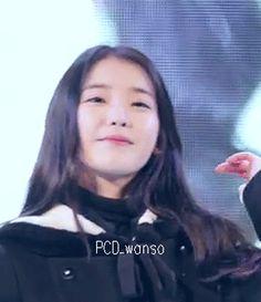 IU 아이유 (Lee JiEun 이지은) [GIF] #혀