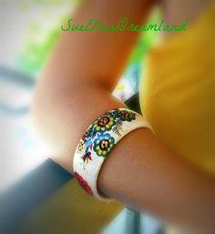 ETSYCIJ,cuff bracelet,recycled repurposed jewelry boho upcycled bracelet eco friendly,fait main Boho Jewelry, Unique Jewelry, Flower Jewelry, Bell Design, Bridesmaid Bracelet, Color Harmony, Recycled Jewelry, Flower Bracelet, Handmade Items