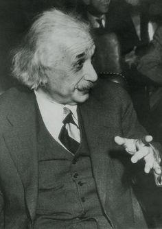 Albert Einstein Photo | eBay