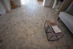 Pardoseala marmura antichizata Flooring, Tile Floor