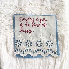 A blog about crafty things, the embroideries I'm working at the moment, snail mail, travel and the wonderful random occurrences in my life.