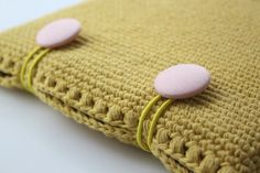 Lutter Idyl: Hæklet MacBook Sleeve / Crochet Macbook Sleeve