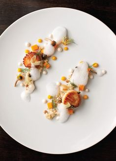 Scallops at Acadia.not the scallops, all the rest haha Food Styling, Food Photography Styling, Food Design, Gourmet Recipes, Cooking Recipes, Plate Presentation, Cuisine Diverse, Molecular Gastronomy, Edible Art