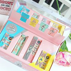 Loving the new brow essentials from @benefitcosmeticsuk #BenefitBrows