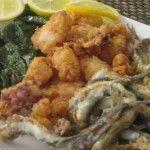 Pescaditos , chipirones y boquerones fritos
