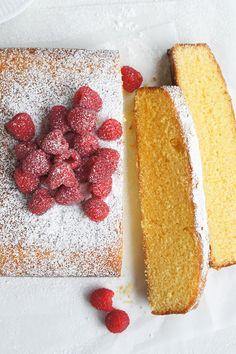 """Custard Cake by mirjam - """"Wonderfully easy cake to make so moist and tasty will definitely make it again. Easy Cakes To Make, How To Make Cake, Baking Recipes, Cake Recipes, Dessert Recipes, Custard Cake, Let Them Eat Cake, Yummy Cakes, No Bake Cake"""