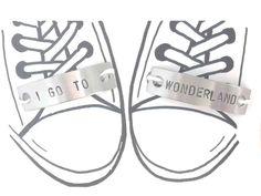 1 Paar Schnürsenkel Charm I GO TO WONDERLAND  Schuh Tag