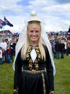 Konudagur is the name of the day where all women in Iceland are celebrated. On this day, the man of the house is to bring his woman coffee in bed, flowers, candy, and treat her special during this day :-) Photo by Kristjan Maack