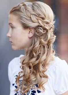 gyermek koszorúslány frizurák - fonott frizura koszorúslányoknak