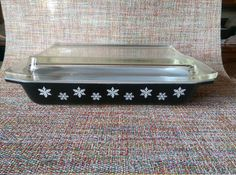 Vintage Black Charcoal Snowflake Rare Pyrex Spacesaver Dish 548-B 1 1/4 Quart Refrigerator Container with Cover
