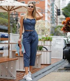 Fashion Outfits Verano 2019 New Ideas Skirt Outfits, Chic Outfits, Spring Outfits, Trendy Outfits, Couple Outfits, Frack, Mode Hijab, Autumn Street Style, Blouse Designs