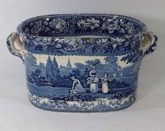 Gleaners pattern footbath, ca. 1820 31 Stunning Interior European Style Ideas You Need To Try – Gleaners pattern footbath, ca. Blue And White China, Blue China, Love Blue, Delft, Antique China, Vintage China, Antique Dishes, Antique Glass, Blue Dishes