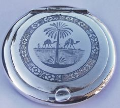 Fine Antique Iraqi Islamic Solid Silver & Niello Compact Case c1925. Signed