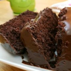 Easy Moist Chocolate Cake, Chocolate Cake Recipe Videos, Hershey Chocolate Cakes, Delicious Chocolate Cake, Chocolate Desserts, Hershey Cake, Chocolate Cake Icing, Cake Recipes For Beginners, Easy Cake Recipes