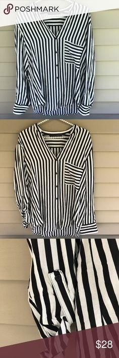 Zara Woman Striped Button Down Blouse Top Great condition Zara Woman top.  Size: medium.  Approximate measurements: armpit to armpit 19.5 inches, length (front) 27 inches, length (back) 29 inches.  Very cute blouse! Zara Tops Blouses