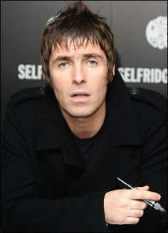 Keeping you up to date on the latest sports news from the UK and the World. With live scores, fixtures from world of Football, Rugby, Boxing and Cricket all on The Sun Liam Gallagher Oasis, Noel Gallagher, Haircuts For Men, Haircut Men, Men Hairstyles, Liam And Noel, The Verve, Beard Styles For Men, Latest Sports News