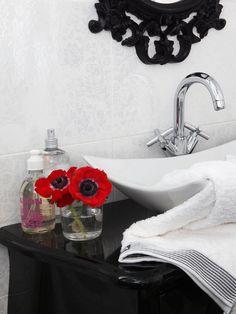 ¡Black deco! Ideas para usar con acierto el #negro #lavabo #baño