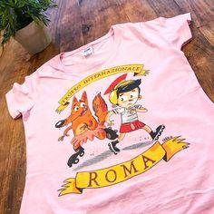 A noi sembra un ottimo lavoro e tu cosa ne pensi?  #tshirt #tee #print #roma #italy #stampa #pinocchio #pink #rosa #details #apparel #fashion #custom #fox #burgerprint