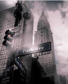 New York Photography Photographie New York, Hiking Club, New York Photography, Street Photography, Travel Photography, New York City Travel, New York Photos, Chrysler Building, Upstate New York
