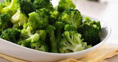 This page contains broccoli pasta recipes. Nutritious broccoli is great with all kinds of pasta. Alfredo or tomato sauces make delicious pasta and broccoli recipes. Steamed Broccoli Recipes, Best Broccoli Recipe, Garlic Broccoli, Broccoli Soup, Raw Broccoli, Broccoli Florets, Frozen Broccoli, Broccoli Sprouts, Vinegar
