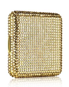 Estee Lauder Limited Edition Golden Nights Powder Compact DetailsBreathtakingly bejeweled, this square golden compact covered in brilliant golden Swarovski crystals adds a touch of luxury to any event Powder Puff, Face Powder, Fancy Makeup, Vintage Makeup, Golden Night, Powder Lipstick, Lipstick Case, Solid Perfume, Vintage Purses
