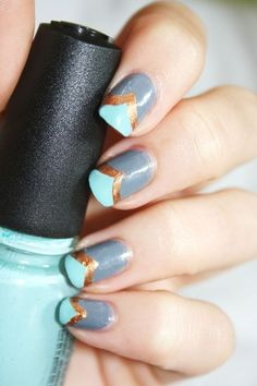 chevron - nail art  http://cosmetoandco.canalblog.com