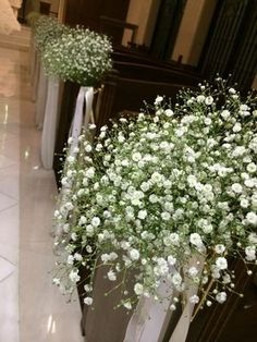 挙式をした人の平均金額は35000円!チャペル・人前式装花の画像まとめ。 - NAVER まとめ Naver, Bridal, Plants, Wedding, Mariage, Bride, Brides, Weddings, Plant