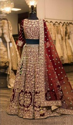 New Indian Ethnic Valvet Lehenga Choli Pakistani Bollywood Designer Lehenga Ghagra Choli, Lehenga Choli Wedding, Designer Bridal Lehenga, Indian Bridal Lehenga, Party Wear Lehenga, Pakistani Wedding Dresses, Sharara, Sabyasachi Designer, Wedding Mandap