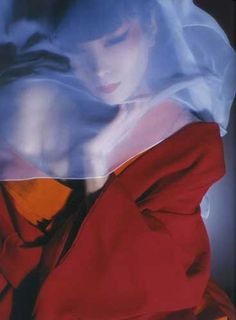 Sayoko Yamaguchi was a Japanese top model who took the world by storm when other models were all white. Let's take a look at her mysterious beauty together. Vogue Editorial, Editorial Fashion, Poetry Art, Yamaguchi, Japanese Models, Japan Art, Supermodels, Fashion Models, Fashion Photography