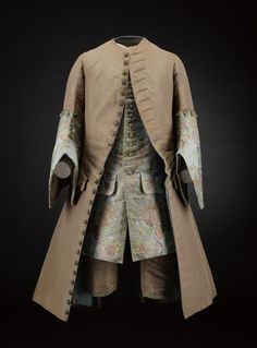 Suit ca. 1735From National Museums Scotland